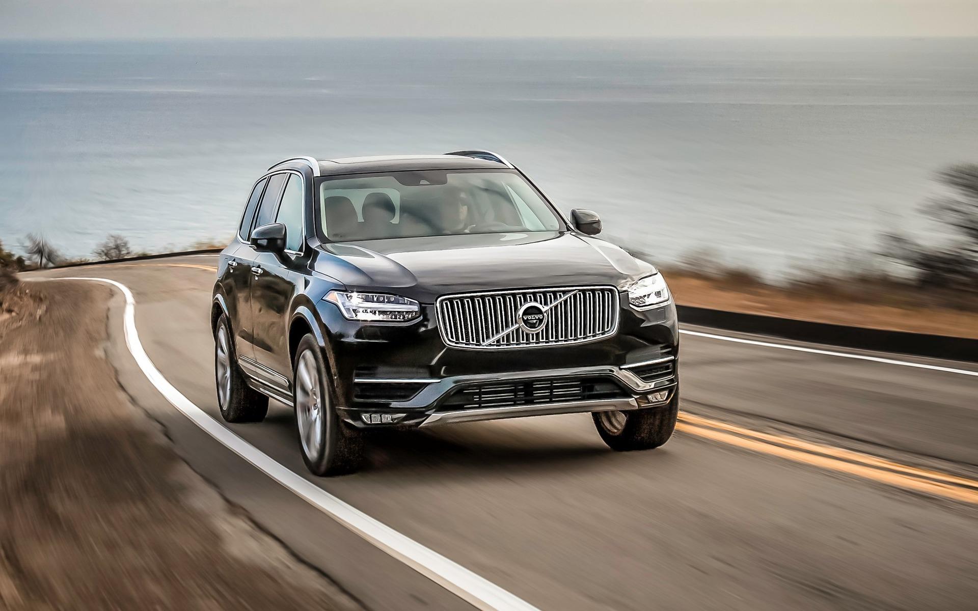 2019 Volvo XC90 | Saks Auto Leasing